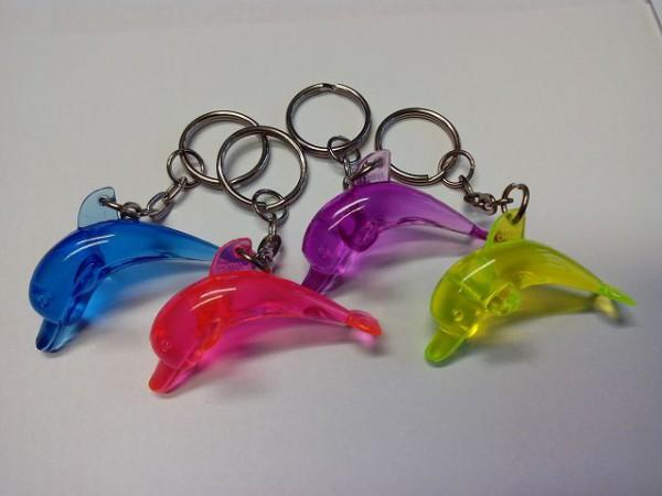 Delfin an Schlüsselkette